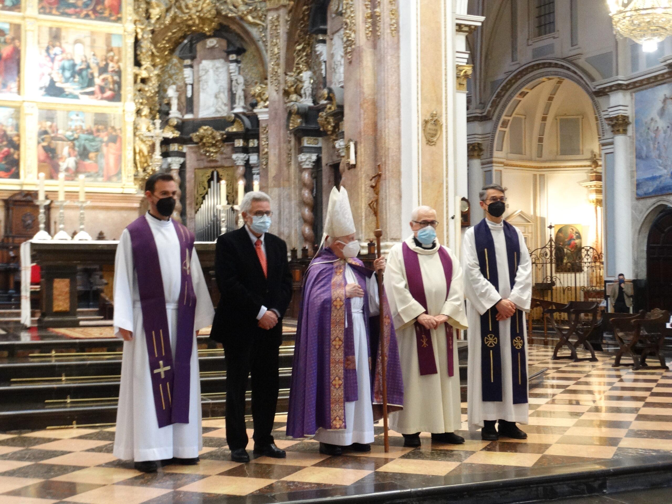 La Setmana Santa Marinera protagonista d'una Oració Quaresmal celebrada en la Catedral de València